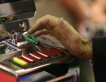 Eolie, attenzione a gioco d'azzardo patologico