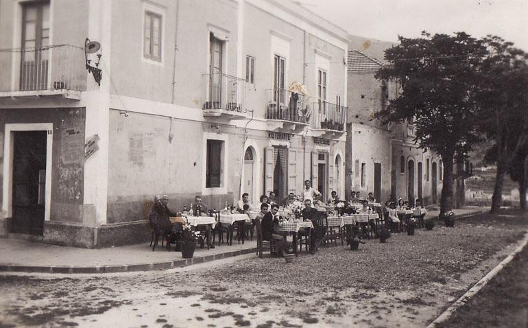 """Il """"Filippino"""". 104 anni di sapori a Lipari."""