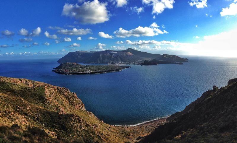 Le Eolie tra le 10 isole più belle d'Italia.