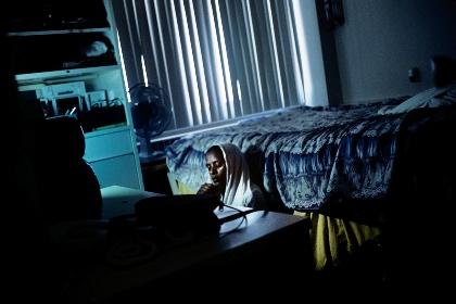 Refugee Hotel e Born Invisible