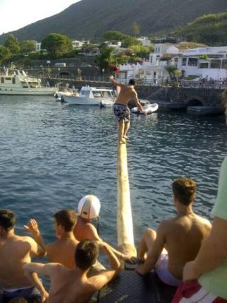 """Antenna a mare"" a Santa Marina"