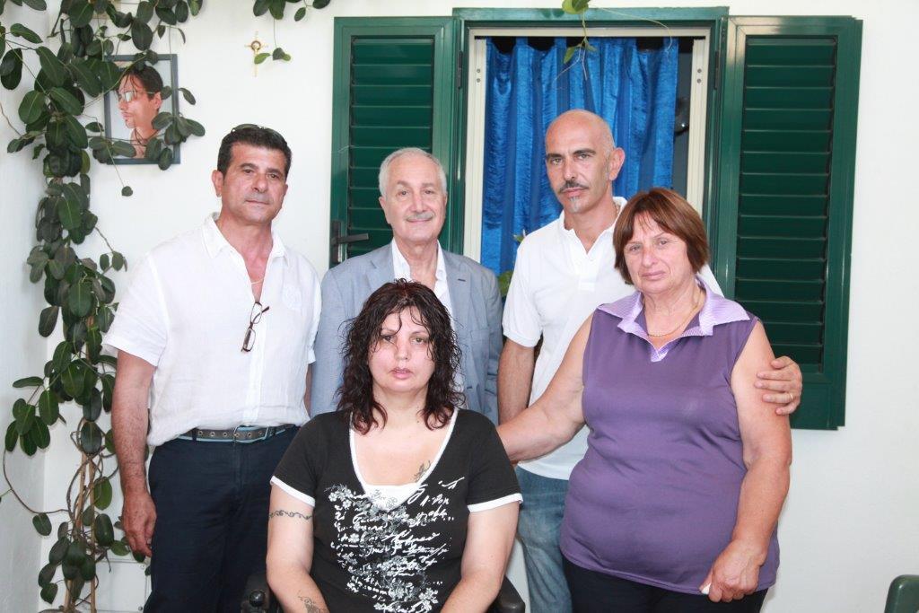 Equipe centro Nemo Sud dalla famiglia Biviano