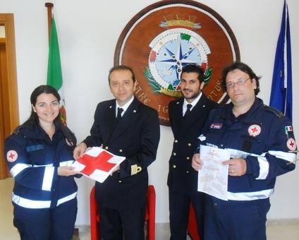 Consegnata la bandiera della Croce Rossa