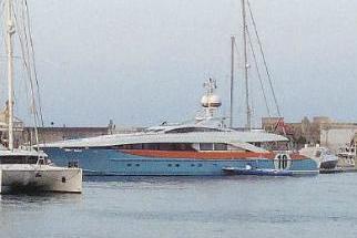 Lo yacht di Del Piero a Milazzo e poi alle Eolie