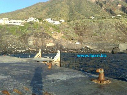 Ginostra e Stromboli, opere in...porto