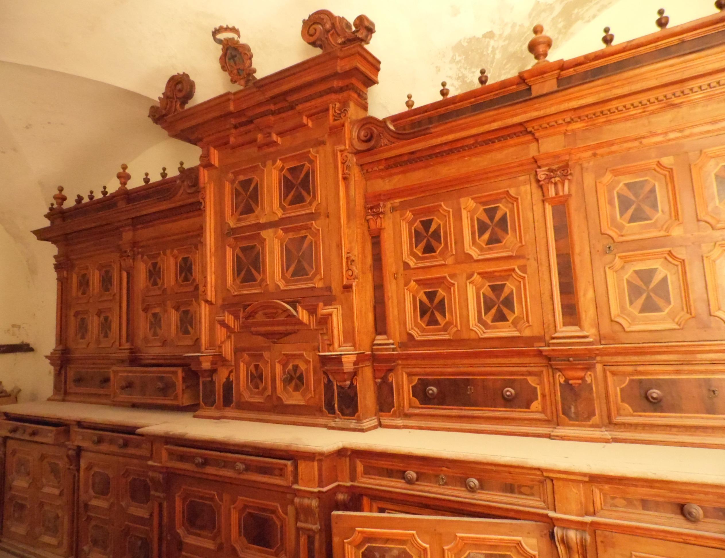 Manufatti lignei nelle chiese di Lipari fra Seicento e Ottocento