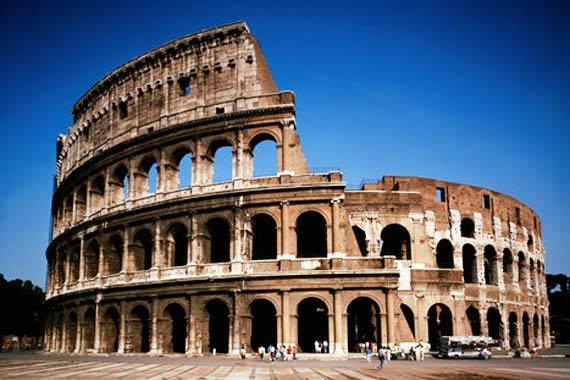 Roma regala l'arte ad ogni Donna