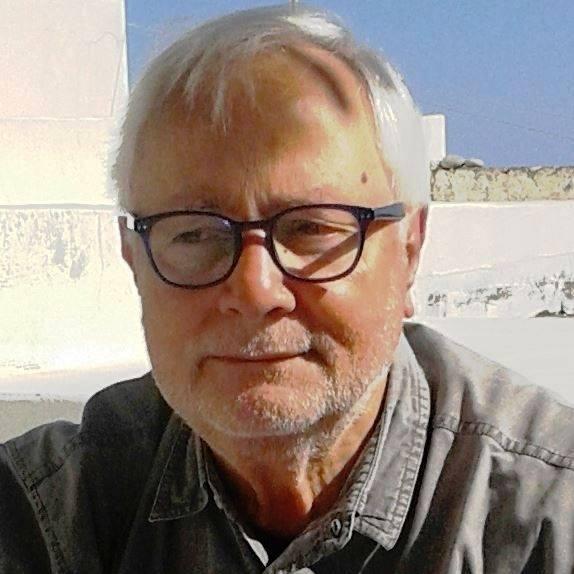 """""""Personaggi dalle isole"""": il manager Franco Arabia con la passione per la scrittura1° Parte"""