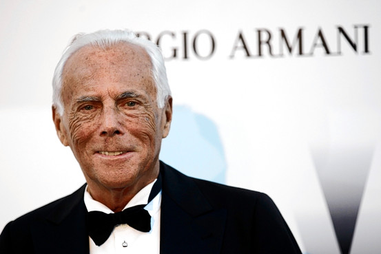 Giorgio Armani, sponsor dello Stromboli Calcio