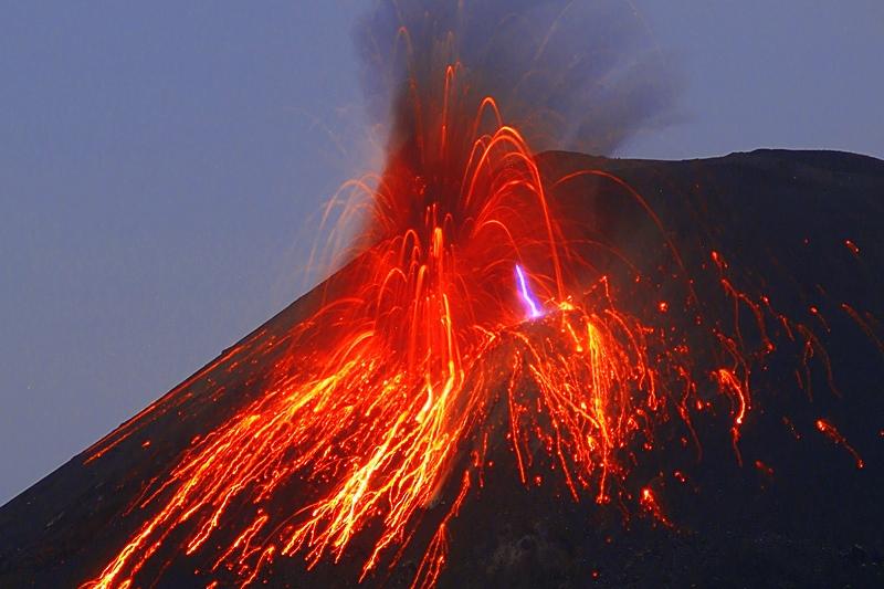 Stromboli: l'Università di Firenze svela i segreti del vulcano - 1° parte
