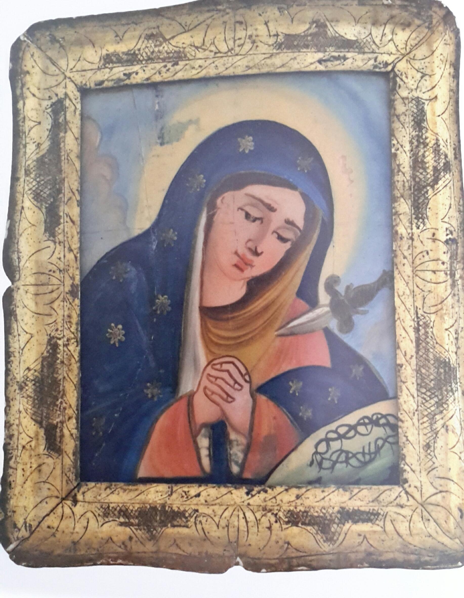 Sacre pitture su vetro: tradizione e misticismo eoliano