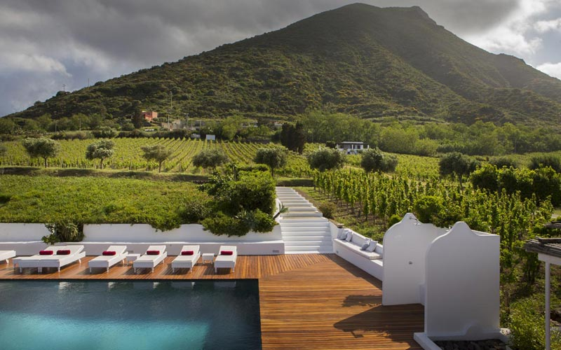 The Telegraph: Capofaro Malvasia & Resort di Salina in Top 10