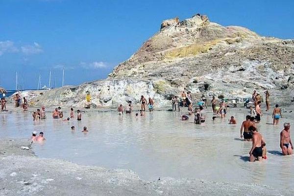 Cosa aspetti ad andare alle Eolie? Incremento del turismo nel 2014