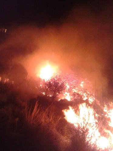 Notte di fuoco tra San Calogero e Caolino