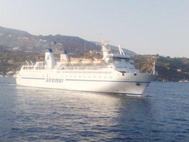 Napoli- Eolie, Laurana dal 25 marzo