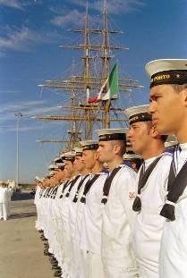 Campagna scolastica per l'arruolamento in Marina