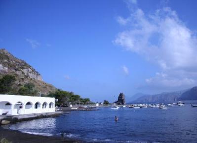 Mari del Sud, obiettivo turisti stranieri