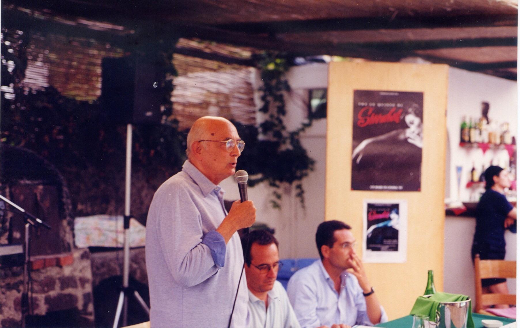 Napolitano, vacanze a Stromboli