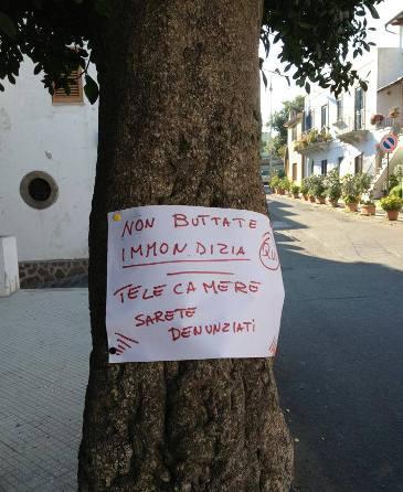 """Lipari, ancora cartelli monitori """"fai da te"""""""