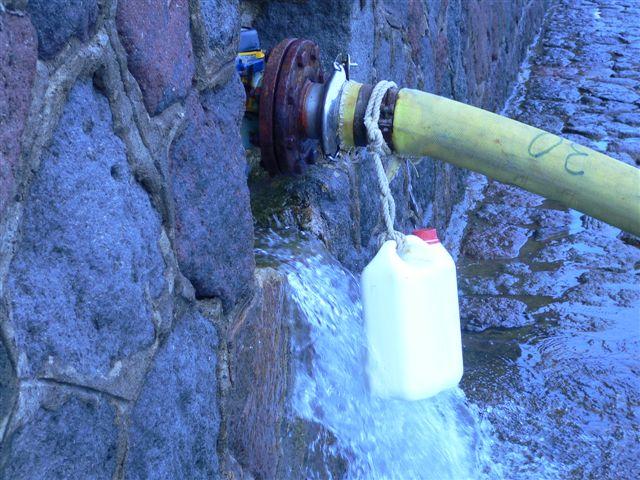 Panarea, l'acqua potabile finisce a mare