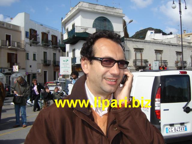 CdI ferma, viaggia Ustica Lines: Podetti accusa