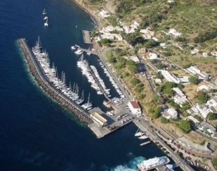 La Safim resta nel porto turistico di Santa Marina