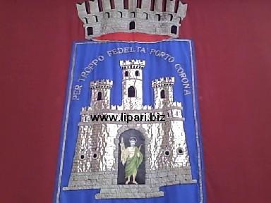 Giacomantonio sul simbolo di Lipari